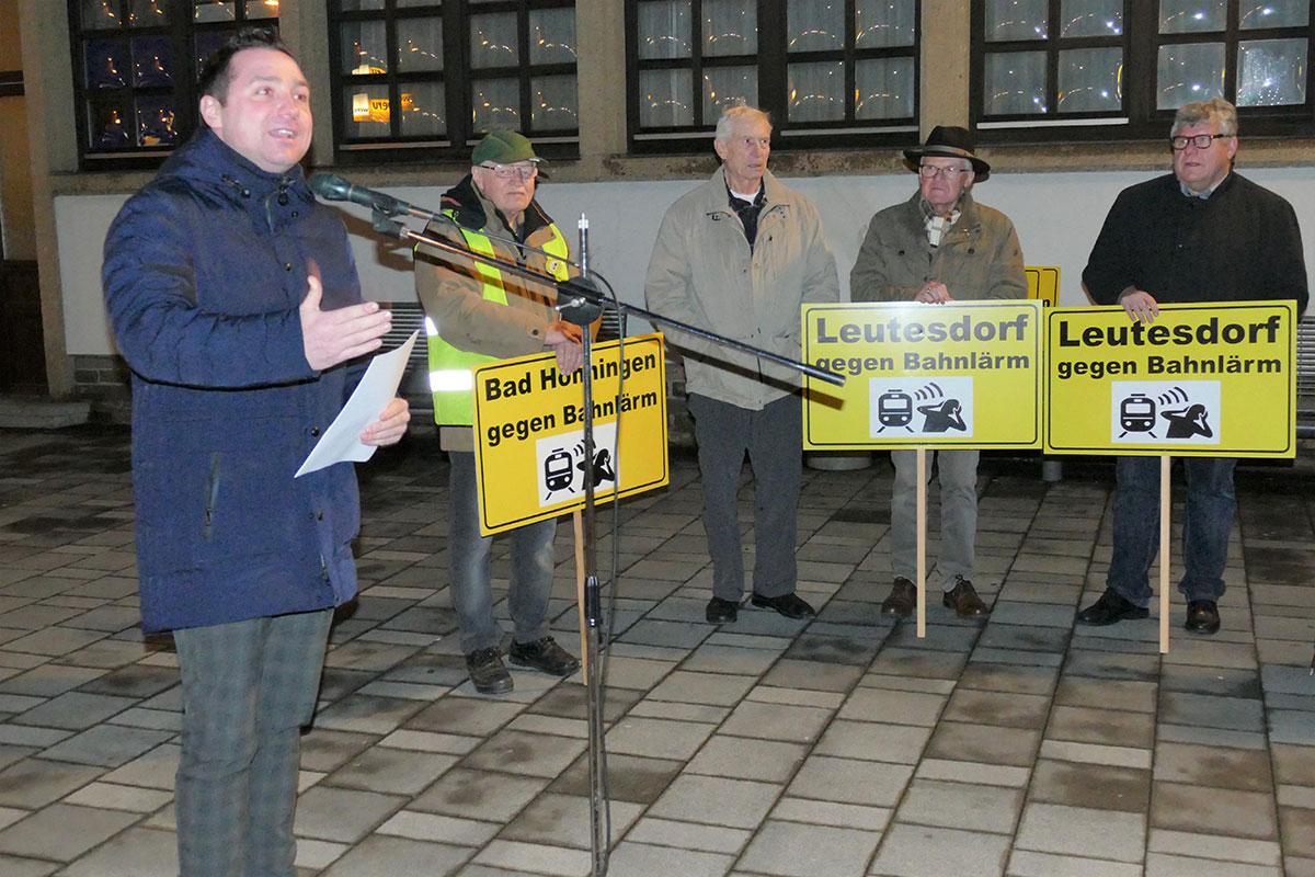 Benedikt Oster besuchte 87. Bahnlärm-Demo in Neuwied